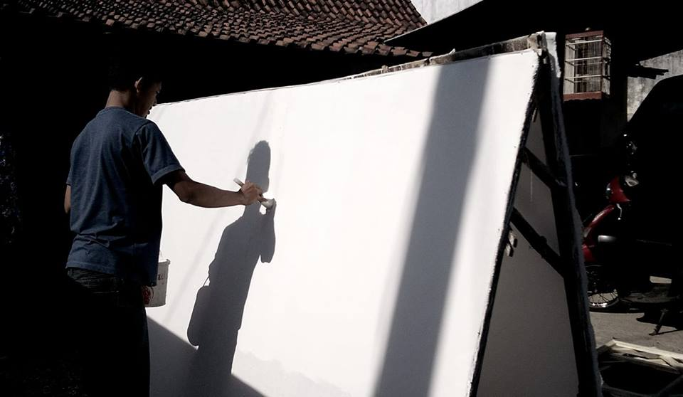Story Telling: Canvas. Shadow and Himself